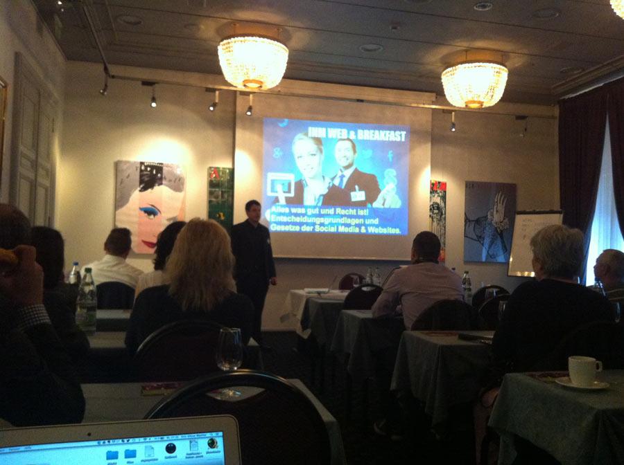 INM Web & Breakfast: Entscheidungsgrundlagen und Gesetze der Social Media & Websites